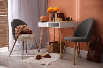 Cozy room interior inspired by autumn colors